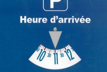 Stationnement réglementé zone bleue, parking de l'école du Clos de la fontaine